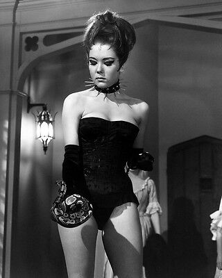 The Avengers Diana Rigg As Dominatrix Holding Snake Wow