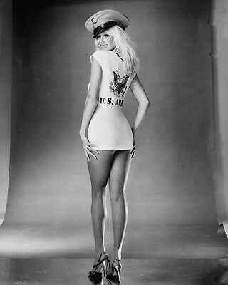Suzanne Somers Full Length Leggy Pin Up B&w 8X10 Photo