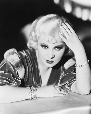 Many 4x6 inches Vintage Classic Pinup Glamour B/&W /& Color Photos Mae West