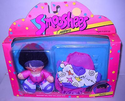 #4864* NRFB Vintage Fisher Price Smooshees Cuddlers Patty Dines Out
