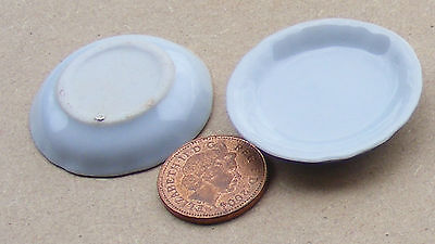 1:12 Scale 2 White Plastic Food Trays Tumdee Dolls House Kitchen Accessory H/&W
