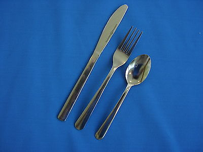 900 Pieces Windsor Flatware 18/0 Stainless 4 - Settings (225) Free Shipping Usa