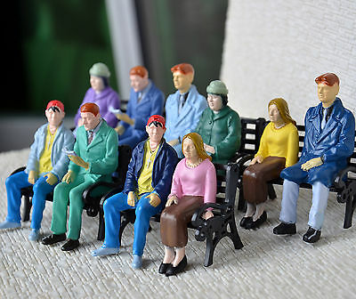 100 pcs G scale Figure 1:22.5 All Seated Painted People