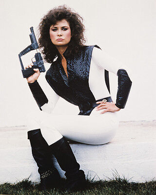 V Jane Badler 11X14 Photo