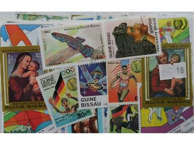 Guinea Bissau. 200 stamps. All different (18)