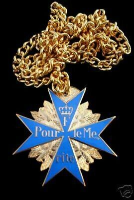 WWI German Blue Max Medal w Chain Pour le Mérit RED BARON PIN UP Red Barron WOW