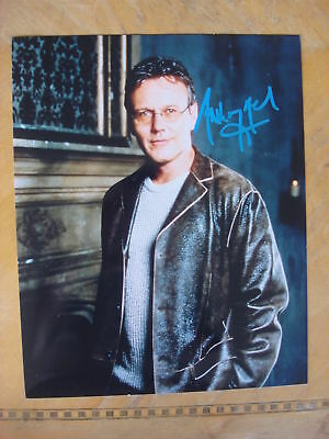 """Anthony Head Autographed 8"""" X 10"""" Photograph"""
