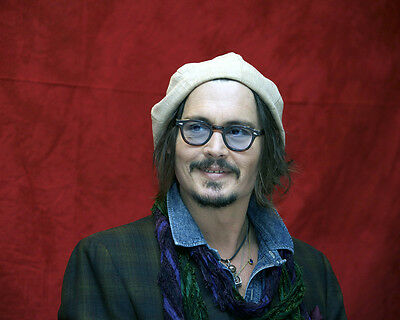 Johnny Depp 8X10 Photo Call In Tinted Glasses & Cap