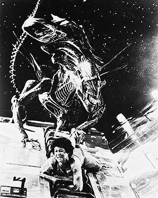 Aliens Sigourney Weaver 24X36 Poster Being Attacked