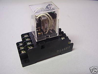 Omron My4N Dc24 Relay With Socket