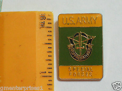 Vintage US Army Special Forces Military Enamel Pin (#10)
