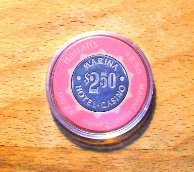 $2.50 HARRAH'S MARINA HOTEL CASINO CHIP - ATLANTIC CITY, New Jersey