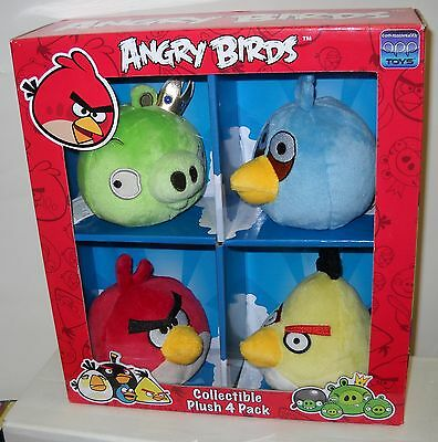 #2089 NRFB Commonwealth Toys Angry Birds Collectible Plush 4 Pack