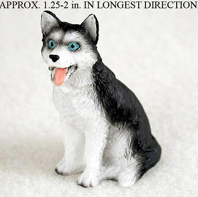 Husky Mini Resin Dog Figurine Statue Hand Painted Black/White Blue Eyed