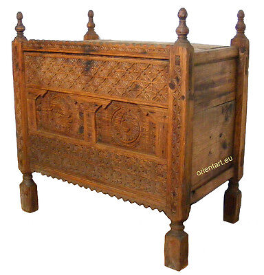 antik orientalische Nomaden Truhe schrank chest  Swat valley Pakistan NO:1