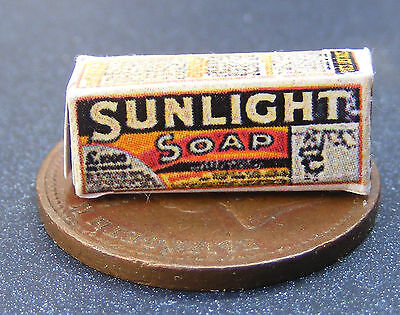 1:12 Scale Old Sunlight Soap Box Dolls House Miniature Kitchen Accessory SA