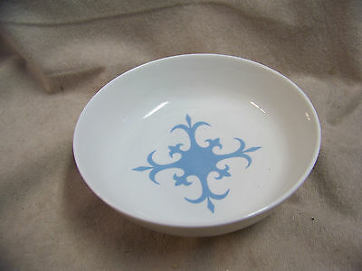 IROQUOIS SHEER WHITE FOOTED BOWL WITH AQUA DESIGN INSIDE - EXCELLENT CONDITION