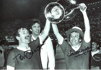 A 12 x 8 inch photo personally signed by Tommy Smith & Ian Callaghan Liverpool