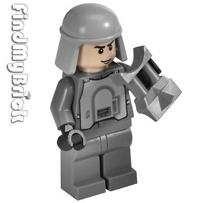 Sw736 Lego Star Wars Hoth Battle Imperial Officer Minifigure 8084