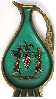 Pitcher Wall Decor,Bible Jewish 12 Spies Tribes Liorel Metal Art of Israel,1960s