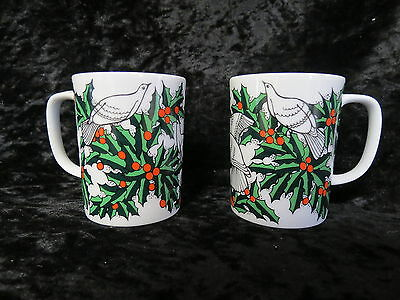 Vintage Fitz & Floyd Dove And Holly Mugs In Exceet Condition