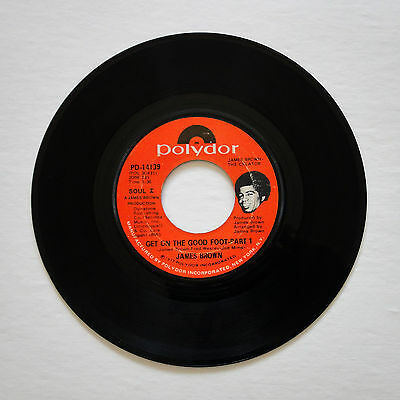"""James Brown GET ON THE GOOD FOOT Parts 1 & 2 (7"""" Single, 1972)  *FUNK 45*"""