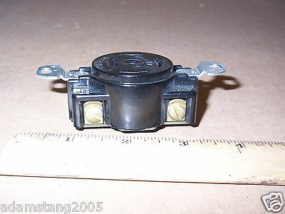 Hubbell 3520 Twistlock Receptacle 4 Pole 5 Wire 20 Amp 250V Ac Dc 10 Amp 600 Vac