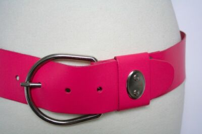 M - 80s wide cerise pink leather vintage belt