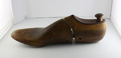 The Taylor Made Wood Shoe Form Size 7W Cobbler Vintage Old Antique Wooden As Is