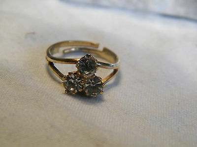 Beautiful Gold Tone Cocktail Ring Sparkling Clear Rhinestones Adjustable CUTE