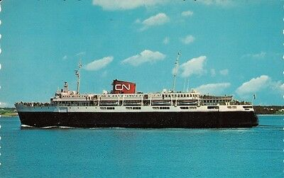 Vintage SHIP POSTCARD c1968 C. N. Ferry M.V. Bluenose BAR HARBOR, ME MAINE