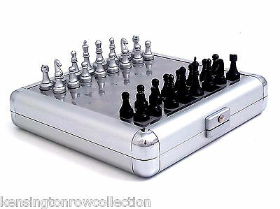 MENS GIFTS - MAGNETIC CHESS & BACKGAMMON SET - STAINLESS STEEL CASE