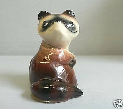 Early Hagen Renaker Large Brown Raccoon Head Turned