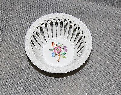 Herend Hungary Porcelain Giftware Pattern Openwork Round Basket 7373