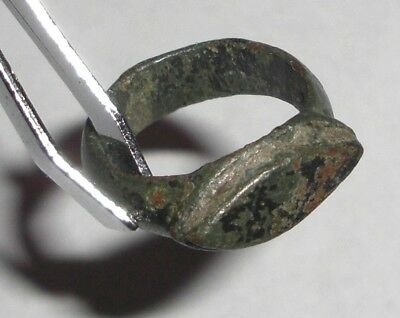 Ancient Roman Empire, 1st - 3rd c. AD. Bronze Ring • CAD $50.40