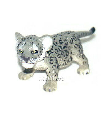 AAA 96725STA Snow Leopard Cub Standing Model Toy Figurine Replica - NIP