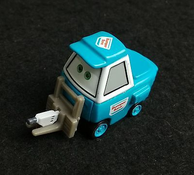 Disney Pixar Cars Cleaning Pitty with mop TOKYO PARTY STAFF 1/55 Diecast