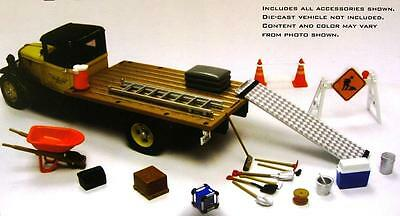 Hobby Gear Construction Tool Set 18425 1:24 Phoenix Toys Diorama Truck Not Incl.