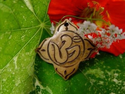 GOOD CHI BONE CHARM S Wicca Witch Pagan Spell Goth OM New Age YOGA BUDDHA AUM