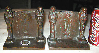 Antique Usa Griffoul Bronze Art Deco Egyptian Shield Statue Sculpture Bookends