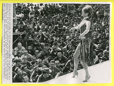 1964 Vietnam Actress Janis Paige Performing at Bien Hoa Air Base Press Wirephoto