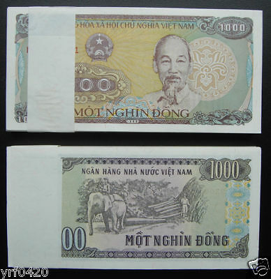 Bundle of 100 Pieces Vietnam Paper Money 1000 Dong UNC