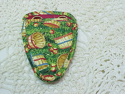 COUNTRY APPLE BASKETS Quilted embroidery scissor holder CUTE
