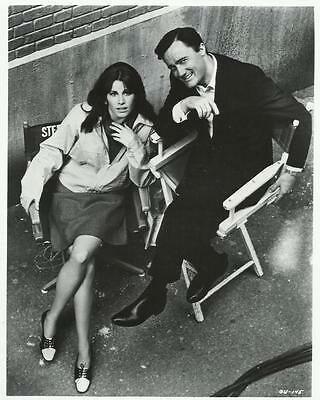 The Girl from U.N.C.L.E. Stephanie Powers with Robert Vaughn Chairs 8 x 10 Photo