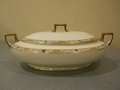 Homer Laughlin Covered Casserole Serving Dish Oval Floral Handled Lid Cameo