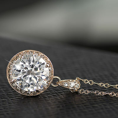 18k gold plated necklace made with SWAROVSKI crystal pendant