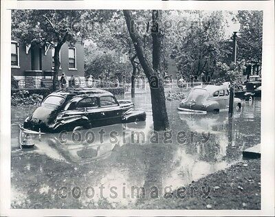 1946 Stalled Vintage Cars Flooded Phillips Street St Louis MO Press Photo