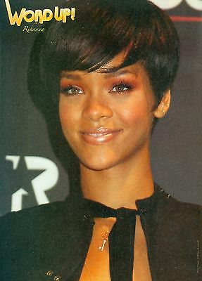 "RIHANNA - CHRIS BROWN - 11"" x 8"" MAGAZINE PINUP - CLIPPING - MINI POSTER - 2008"