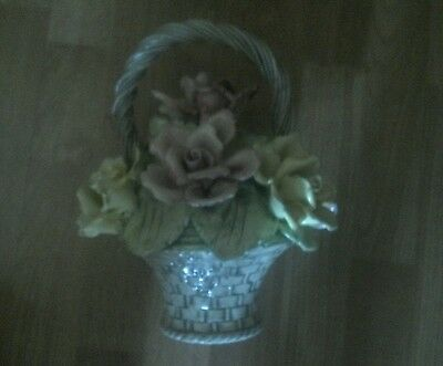 Capodimonte Basket of Flowers Made in Italy