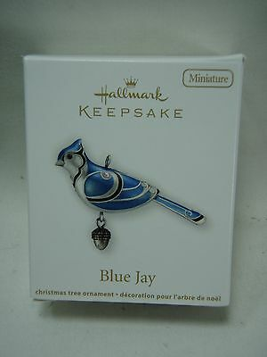 2012 Hallmark Keepsake Miniature Ornament Blue Jay Beauty Of the Birds B17